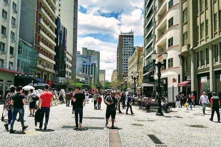 1024px Rua XV em Curitiba